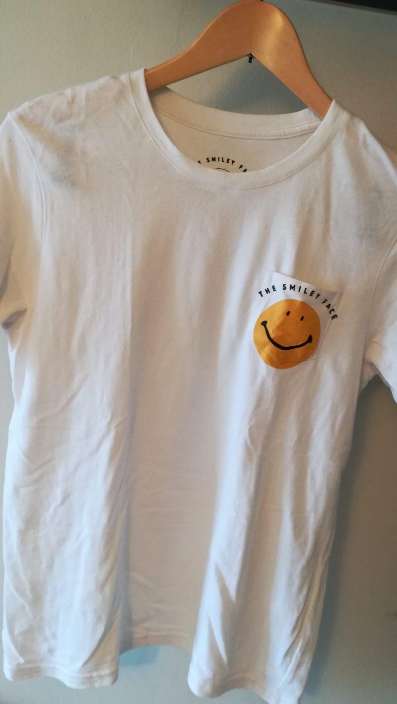 HARVEY BALL スマイルTシャツ