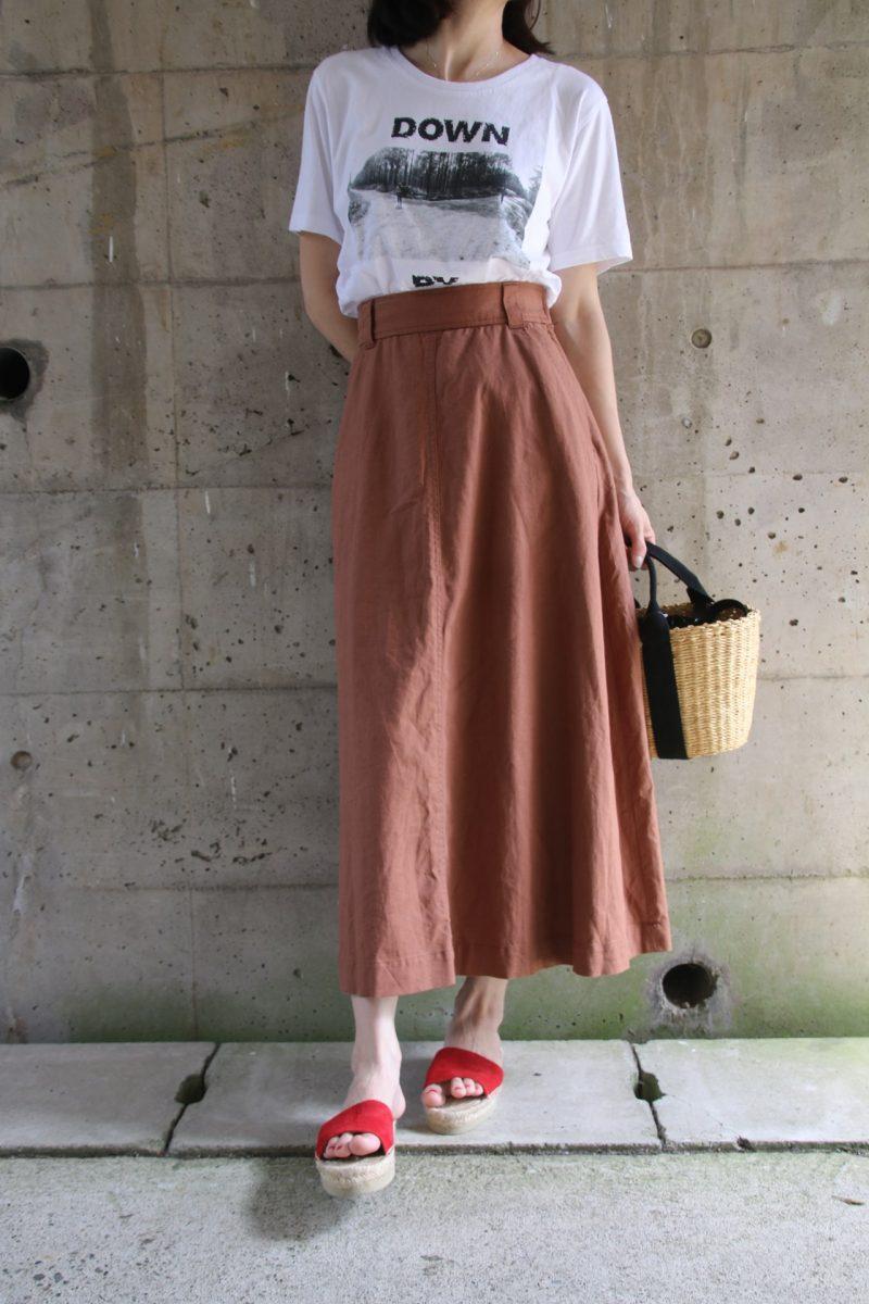 ユニクロTシャツ+スカートコーディネート2