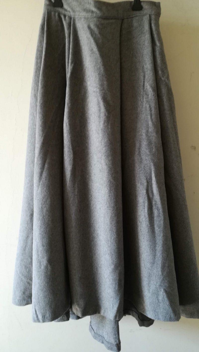 グローイングサマースカート