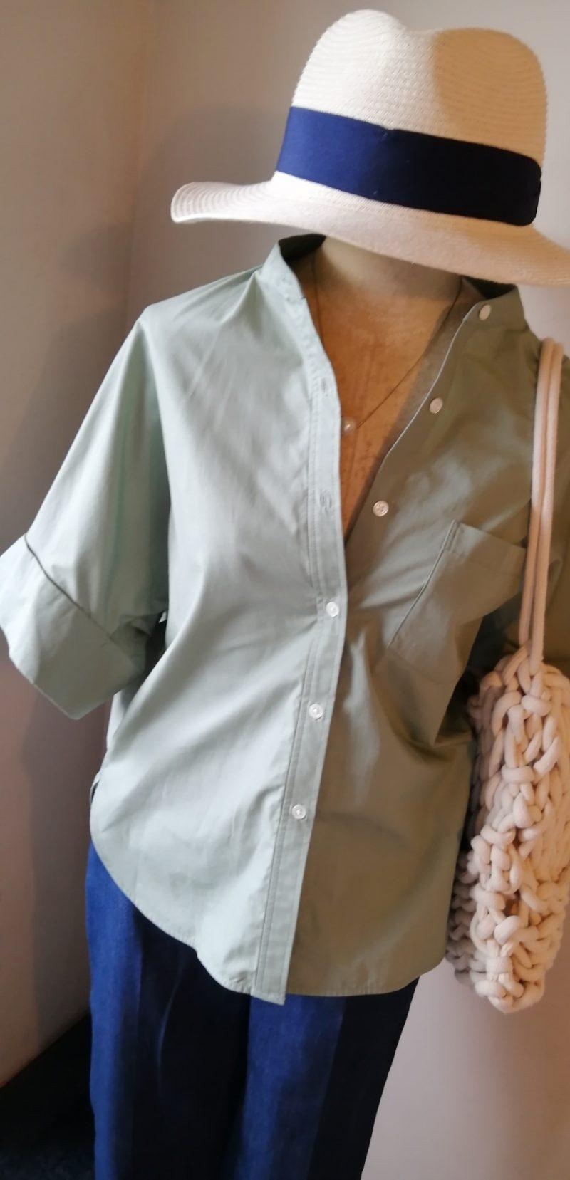 アデイインザライフシャツ