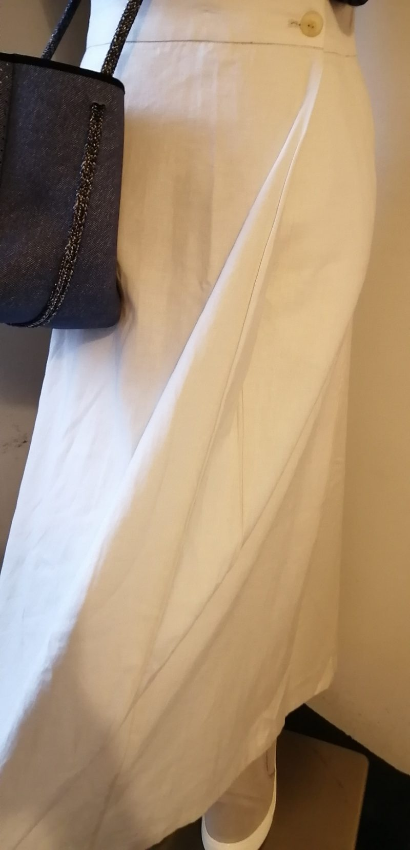 スローブスカート